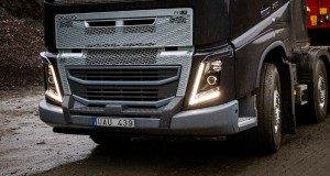 Volvo-FH-with-new-heavy-duty-bumper-for-rougher-conditions-300x160