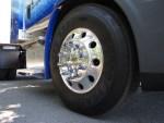 Проверявайте гумите на камиона си