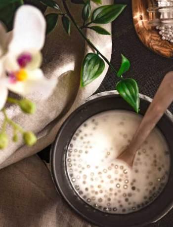 Süße Tapiokaperlen in Kokosmilch