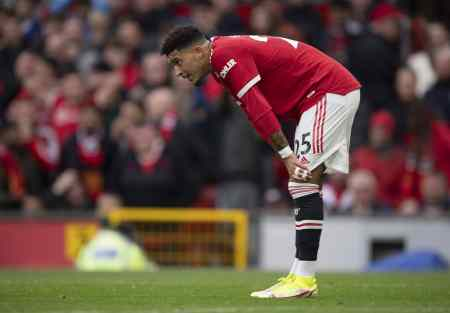 Man United teammates concerned that Jadon Sancho is struggling to adapt to Premier League as pla ...