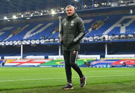 Why Ole Gunnar Solskjaer is unhappy & staggering sum Man United have spent under Norwegian r ...