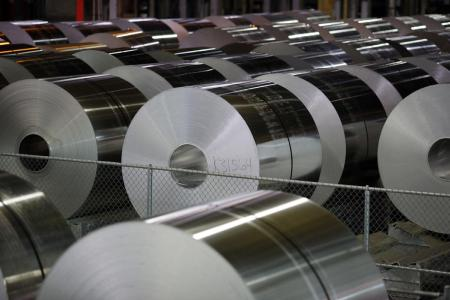 Alcoa Pays First Dividend Since 2016 Revamp as Aluminum Soars