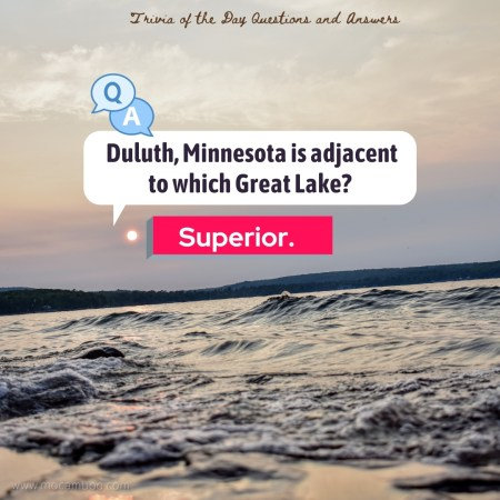 Duluth, Minnesota is adjacent to which Great Lake?