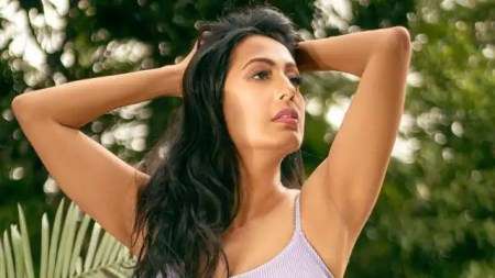 kashmera shah shares bold photo in swimsuit caption wrote for haters – Entertainment News  ...