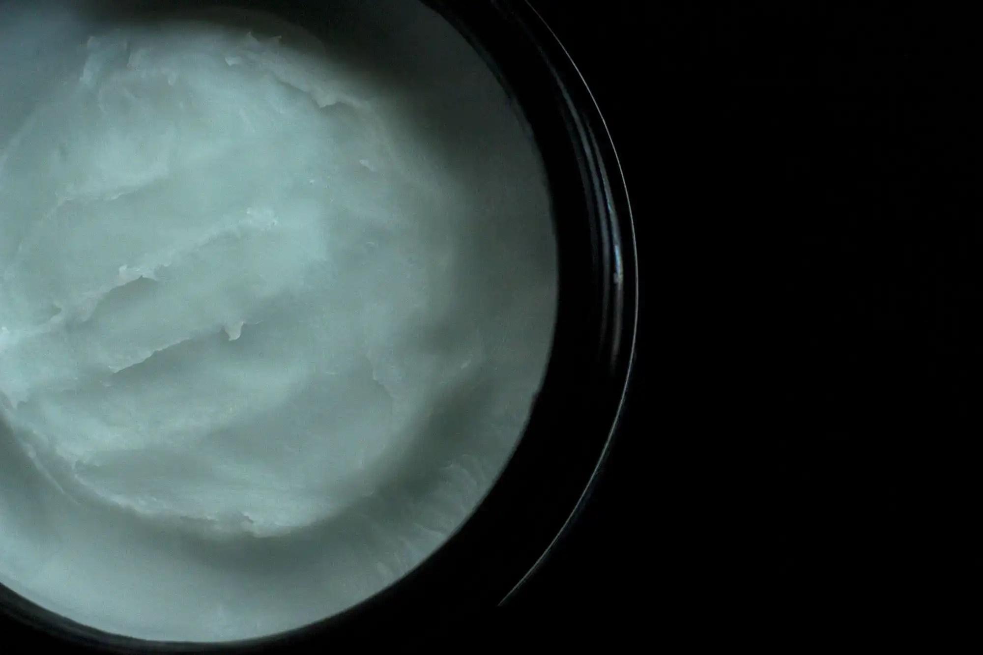 Khus Khus Body Wax In Jar