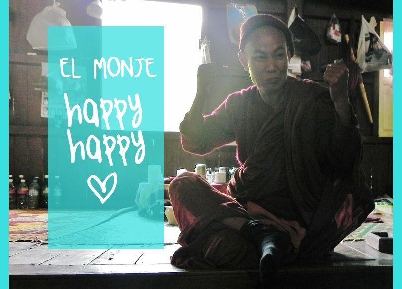 MONJE-HAPPY-HAPPY-MOCHILEANDO-PERSONAJES-VIAJE