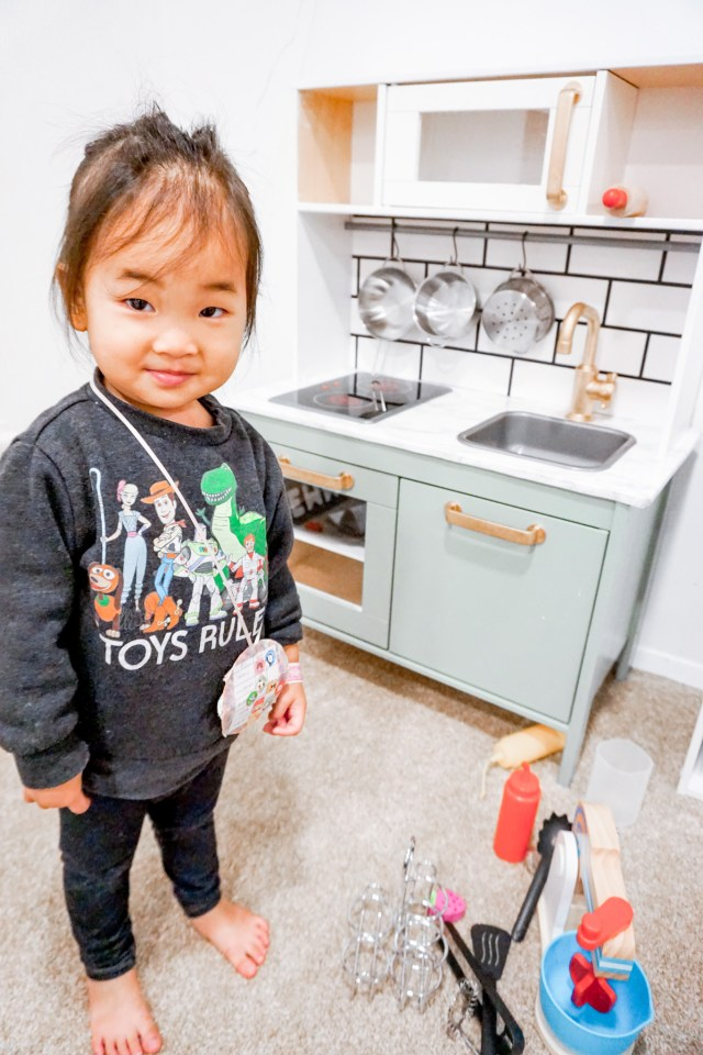 Modern Ikea Play Kitchen Hack For Less Than 20 Mochi Mommy