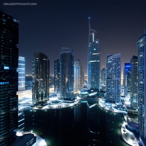 Almas_Tower_dubai_tallest_skycraper