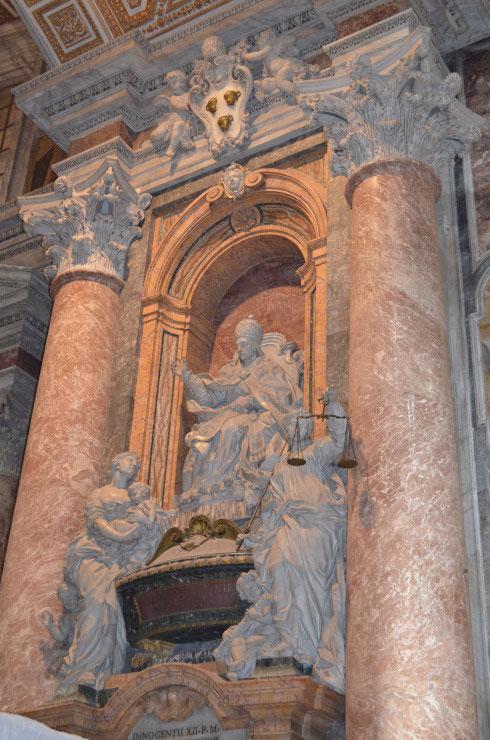 Rome_St._Peter's_Basilica_Vatican_City6