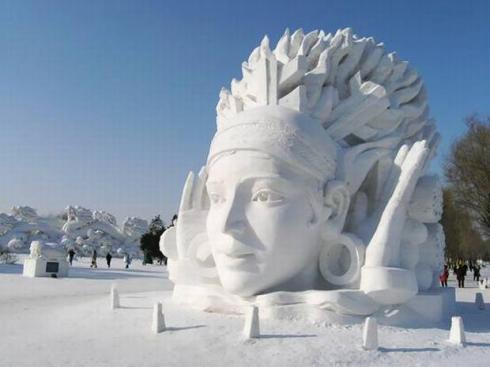 Sapporo_Snow_and_Ice_Festival16