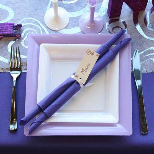 creative christmas table decor ideas  with purple color 28