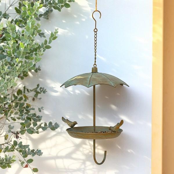 Hanging Rainproof Bird Feeders Real shot 4