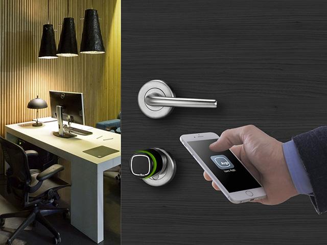 Iseo serrature per uffcio con smartphone