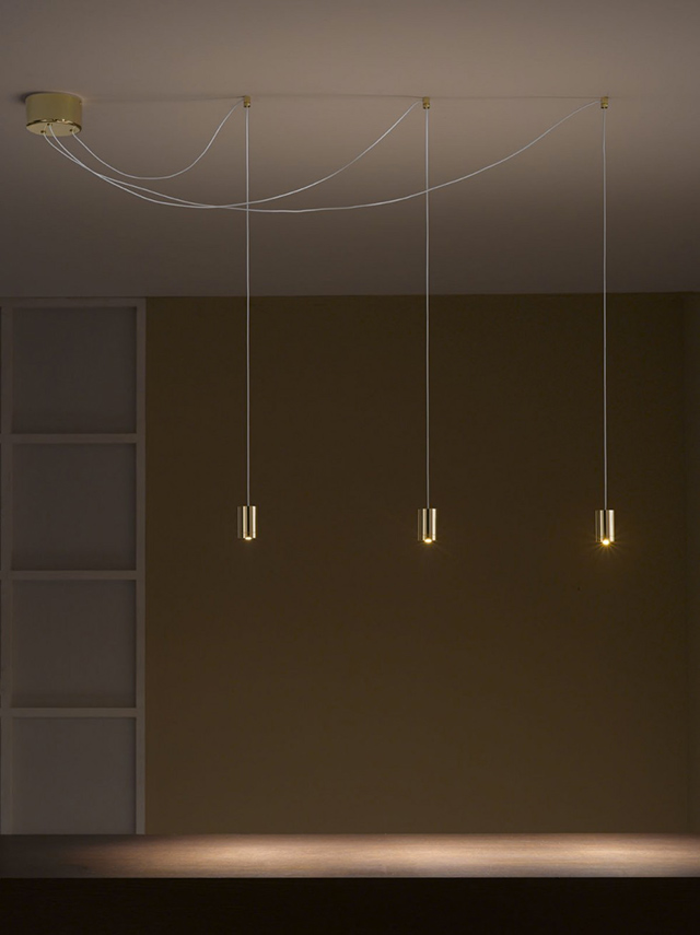 idea led vesoi soffitto decentrato.
