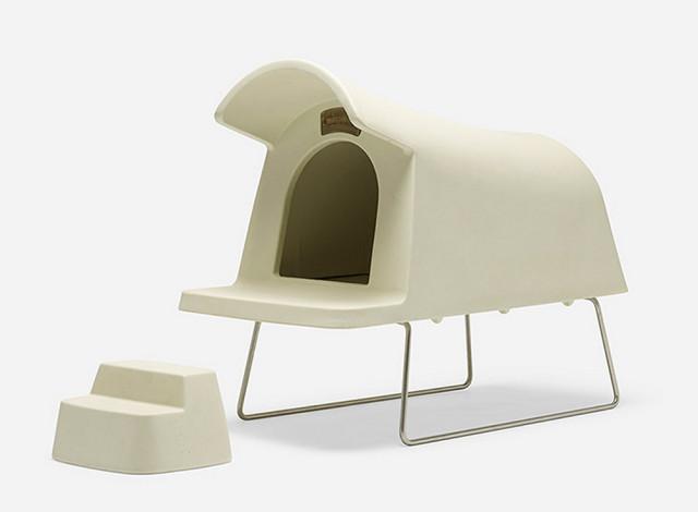 Magis dog house colore white.