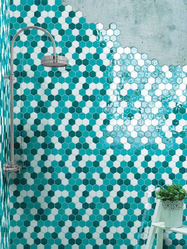Cerasarda rivestimento bagno doccia mosaico esagonale.