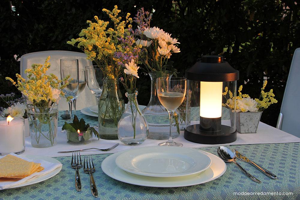 Candele Da Giardino Milano : Una luce da giardino per serate romantiche modaearredamento