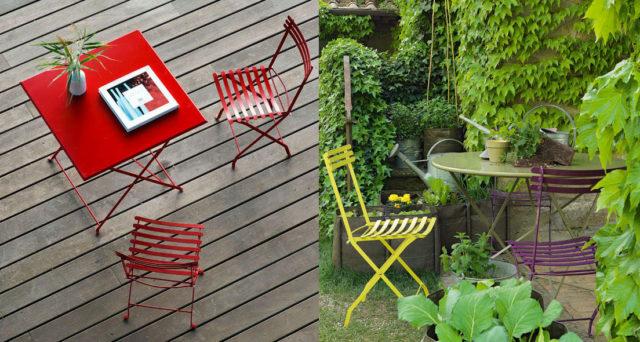 Sedie pieghevoli per giardino di Ethimo colore rosso, verde e viola.