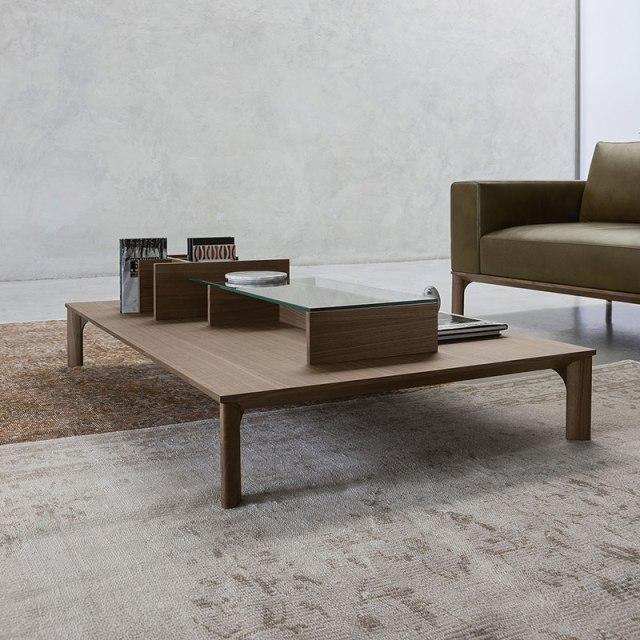 Place di Doimo Salotti - tavolino in legno.