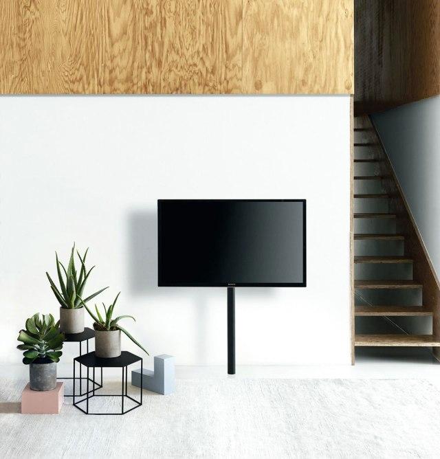 Desalto porta televisione da pavimento minimale.
