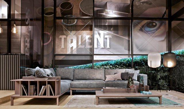 Doimo Salotti - divano in tessuto multifunzione Leonard al Salone del Mobile 2018