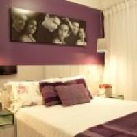 Belo quarto de casal decorado moderno, tem fotos