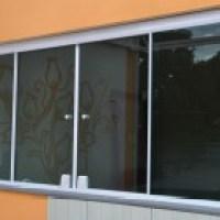 Mais claridade com janelas de vidro - moda e economia