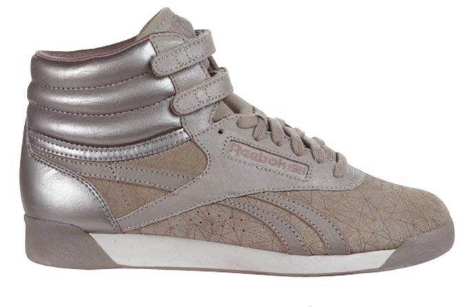 f498887b9 Reebok  nueva colección de zapatillas de Ladies First