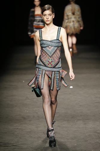 custo-barcelona-vestido8