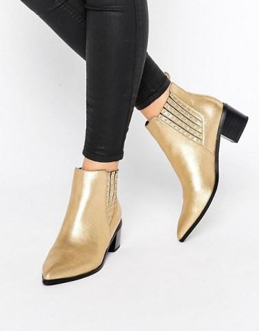 botines-dorados-3