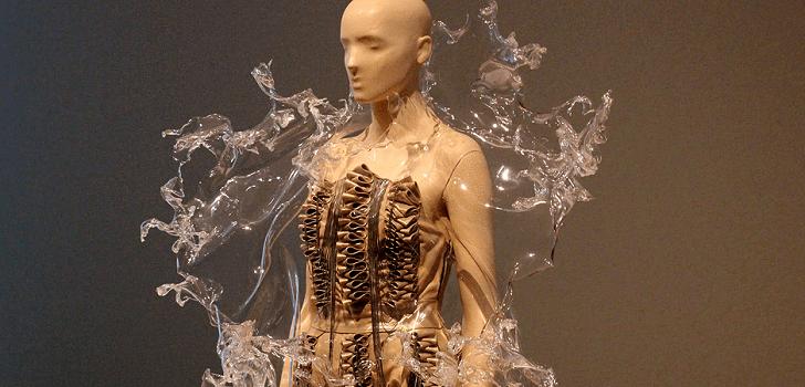 La moda 'científica' de Iris Van Herpen | Modaes.es