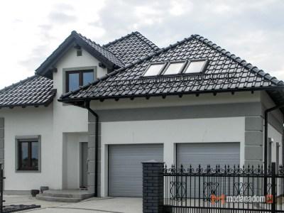 Dom Szkieletowy, dach wielospadowy