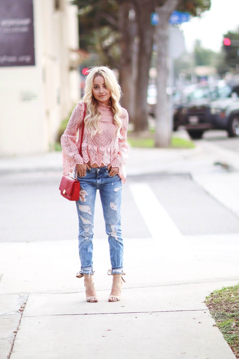 Alena Gidenko of modaprints.com talks about her favorite boyfriend jeans