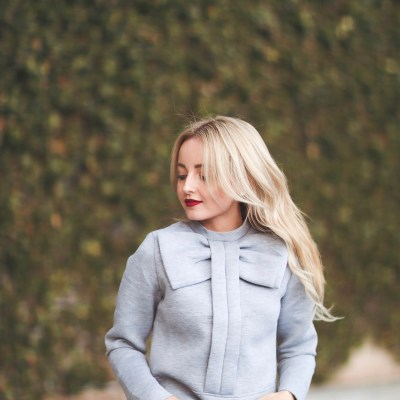 GREY BIG BOW SWEATER