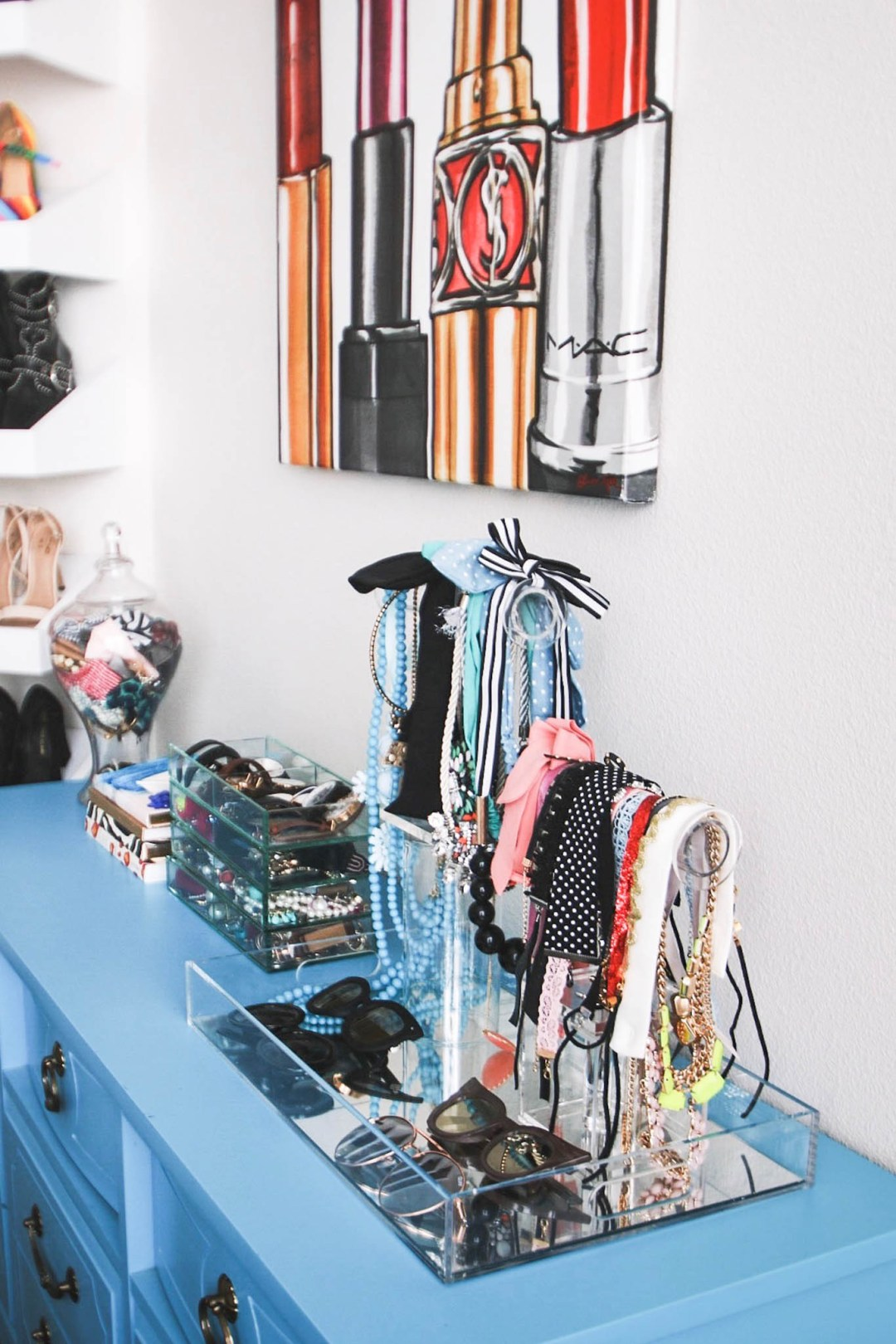 Alena Gidenko of modaprints.com shares how to organize your jewelry