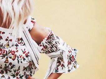 Alena Gidenko of modaprints.com talks about a floral dress for Summer