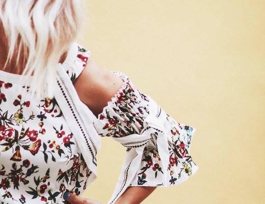 Alena Gidenko of modaprints.com talks about a floral dress for Summer