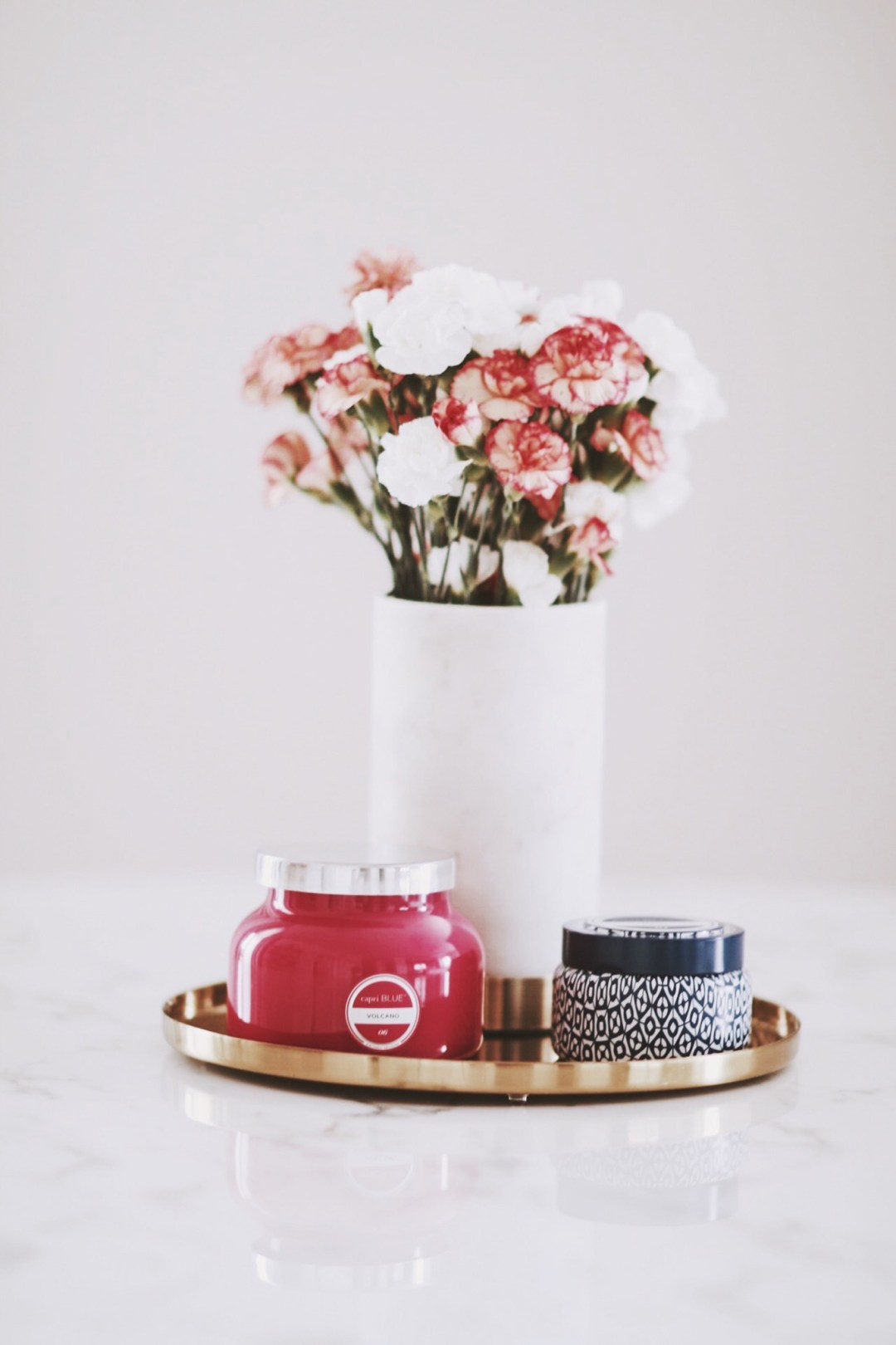 Alena Gidenko form modaprints.com shares tips on decorating your home with candles