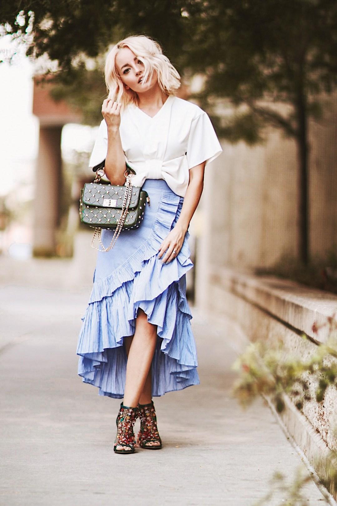 Alena Gidenko of modaprints.com styles a denim ruffle skirt from ChicWish