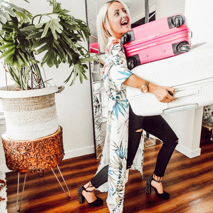 Alena Gidenko of modaprints.com shares tips on how to stay organized and pack for a trip with American Tourist suitcase