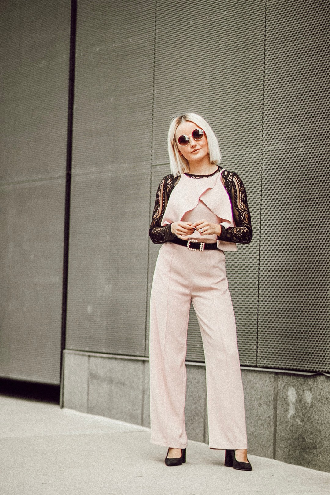 Alena Gidenko of modaprints.com shares tips on layering a Summer jumpsuit for Fall