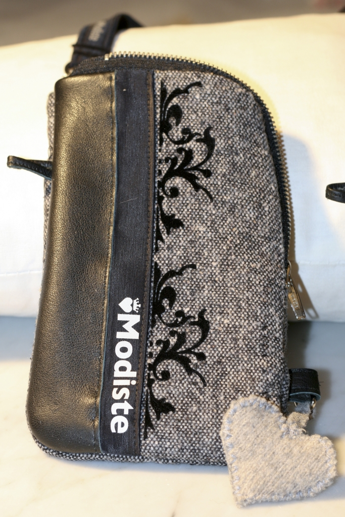 MODISTE Chique tweed telefoontasje IMG_2459