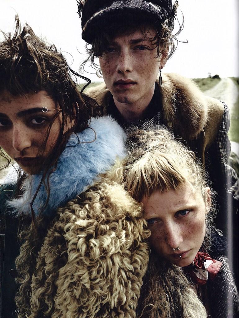 2017 september British Vogue Run Wild pag 314