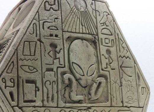 Ancient_Alienware_Left-Modders-Inc-4