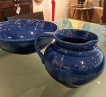 **ITEM NOW SOLD**Set Barn Stable pitcher and bowl. Purchased in England in the 90's. 125.-/set