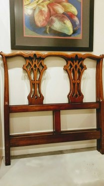 **ITEM NOW SOLD**Pair/Single Headboards. Mahogany. 650.- /pair