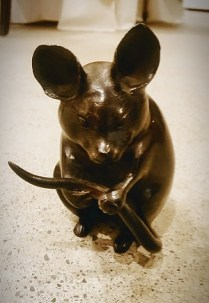 **ITEM NOW SOLD** Vintage bronze mouse. C.1920's-30's. 350.-