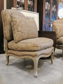 **ITEM NOW SOLD**Pair vintage/antique chairs covered in Fortuny Fabric with 2 pillows.1750.-/set