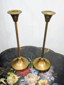 Pair vintage brass candle sticks. Weighted bases. 85.-