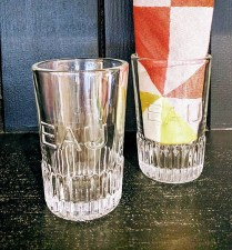 Kiss That Frog 'Eau' water glasses. 7.- each